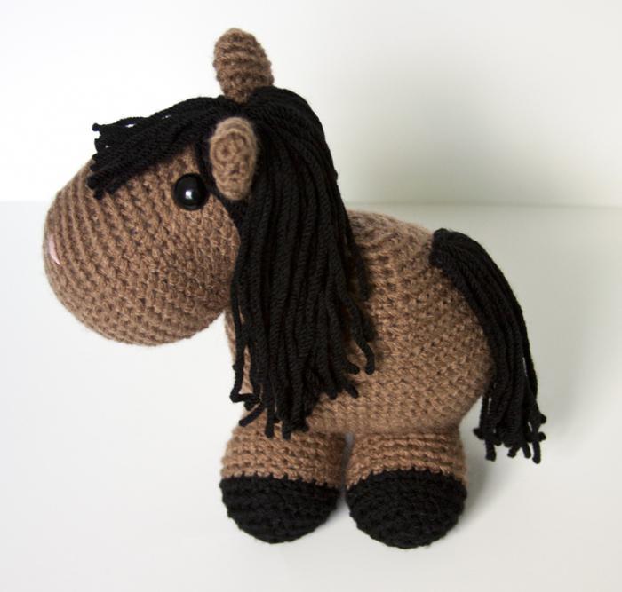 Вязаные лошадки (крючком) — коробочка идей и мастер-классов