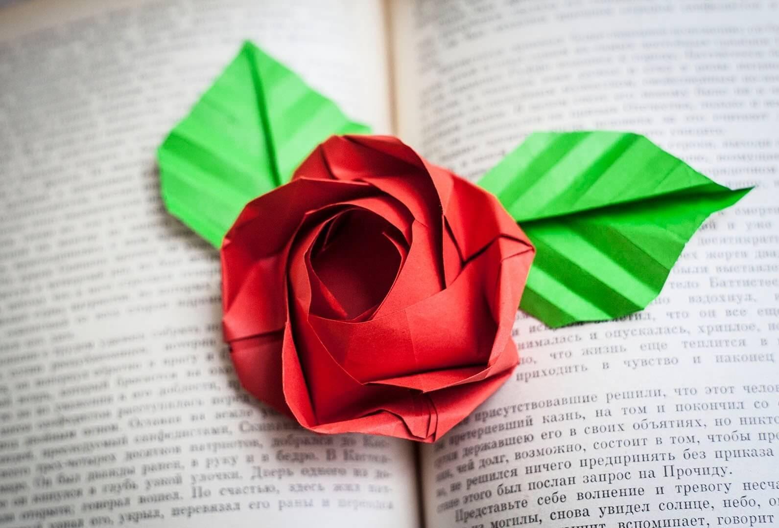 Топ-100 идей как сделать розу из бумаги [мастер-класс]