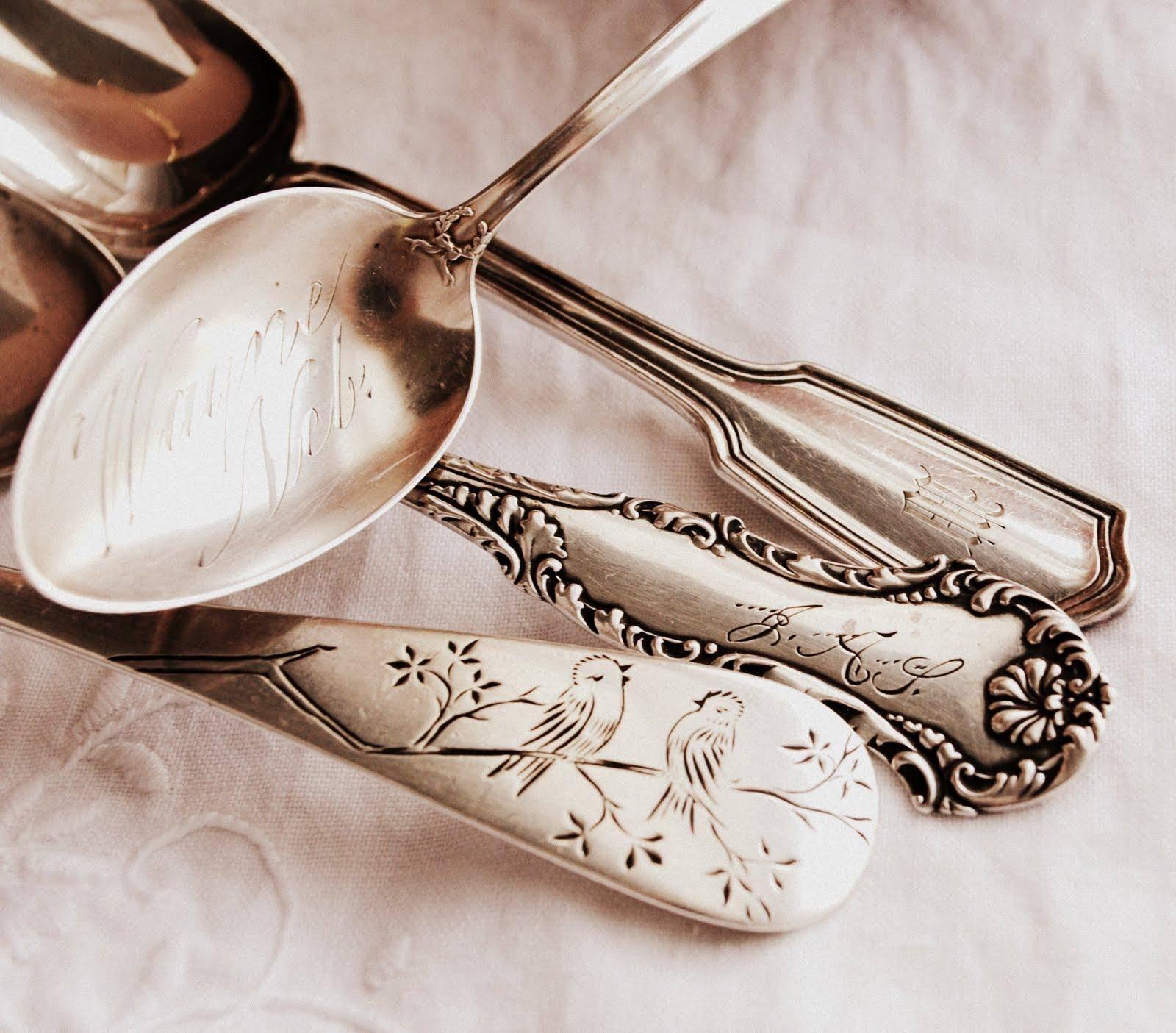 Как чистить мельхиоровые ложки в домашних условиях, средства для чистки серебра