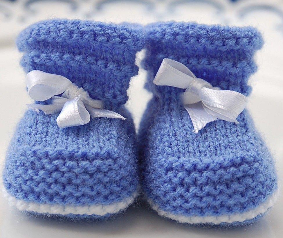 Красивые пинетки крючком для новорожденных: схемы и описание. размер пинеток по месяцам