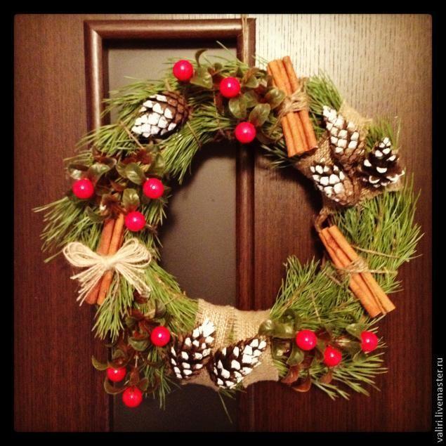 Венок из еловых веток своими руками - 100 фото идей как сделать красивый рождественский венок из елки