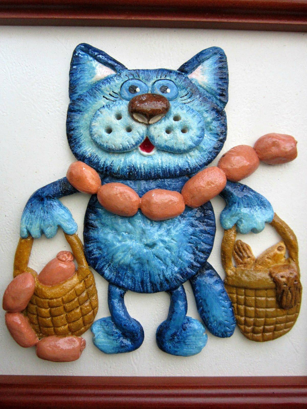 Лепим из соленого теста: кошка на бутылке - идеи для жизни