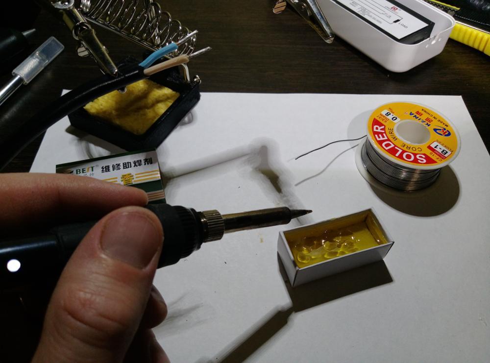 Пайка алюминиевых проводов газовой горелкой и пальником, механическая зачистка и обработка флюсом