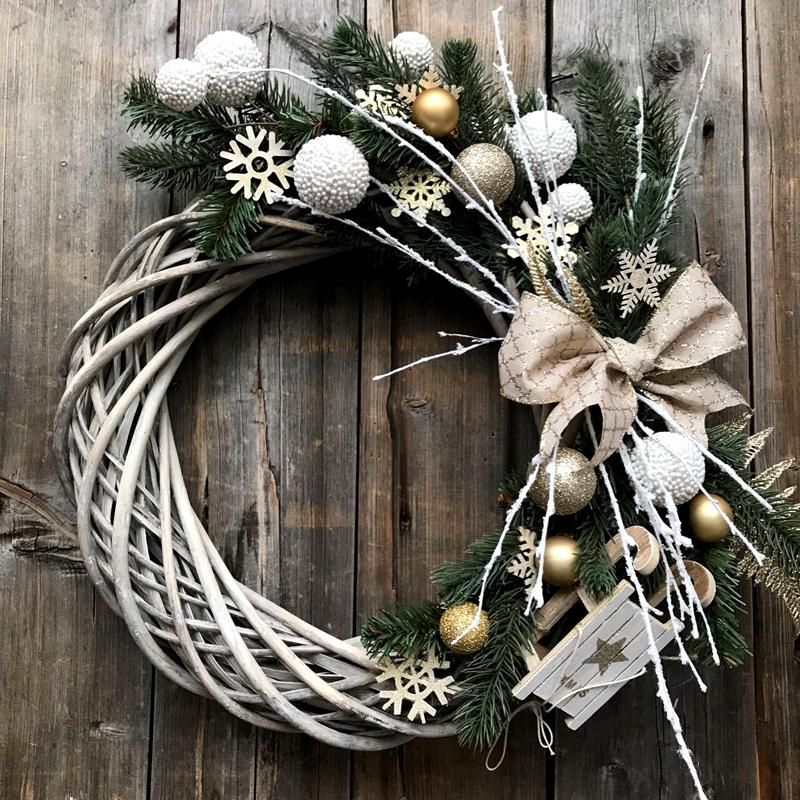 Плетем и вяжем венки к новому году