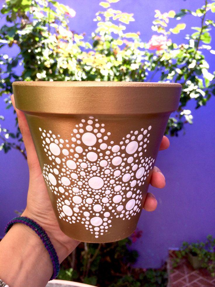 Декор цветочных горшков своими руками - 8 идей + фото
