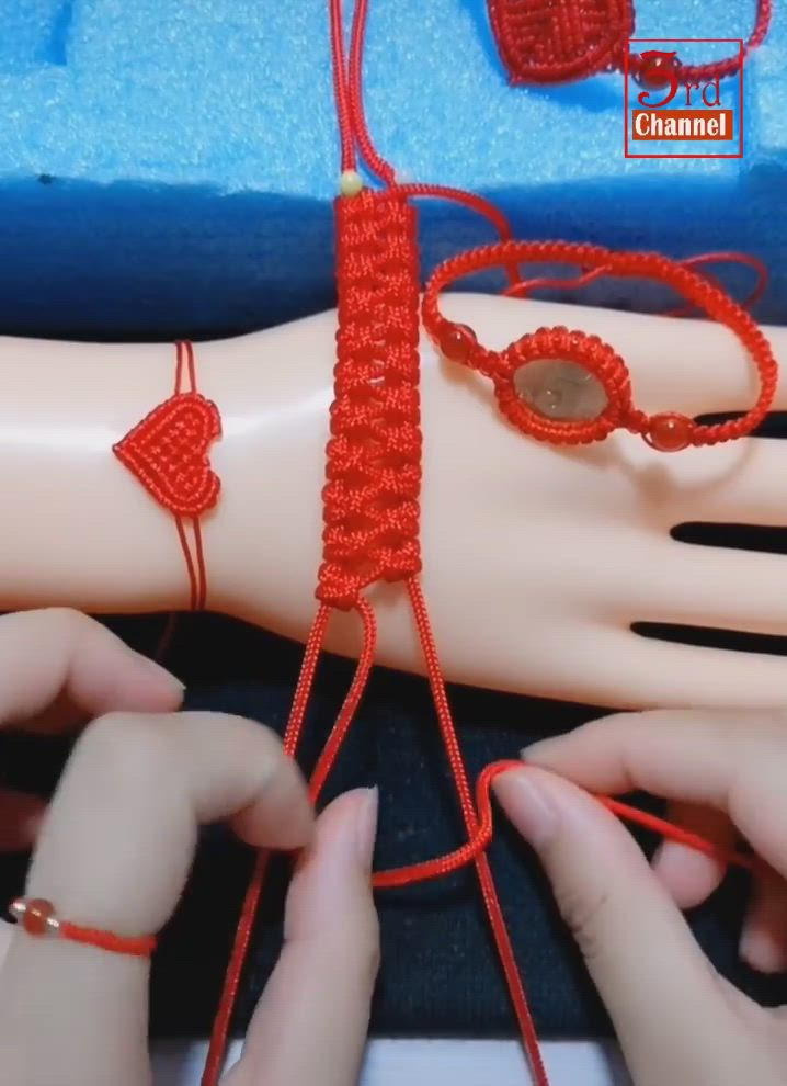 Плетение браслетов макраме - пошаговые схемы, фото и видео уроки