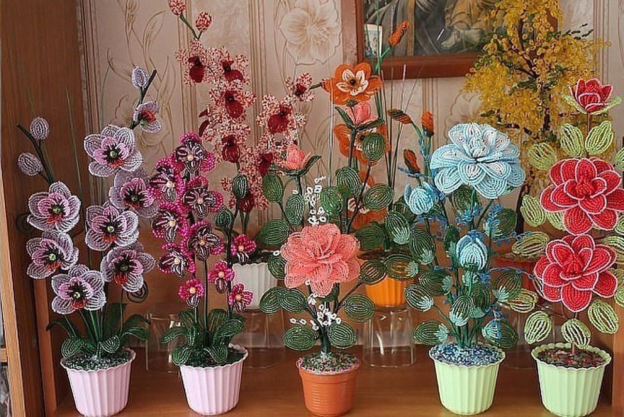 Секреты создания очаровательных цветов из бисера