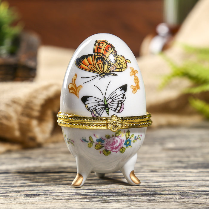Декорирование пасхального яйца