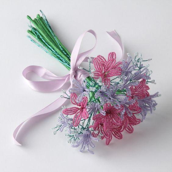Цветы букеты и композиции из бисера в мастер-классах (фото)