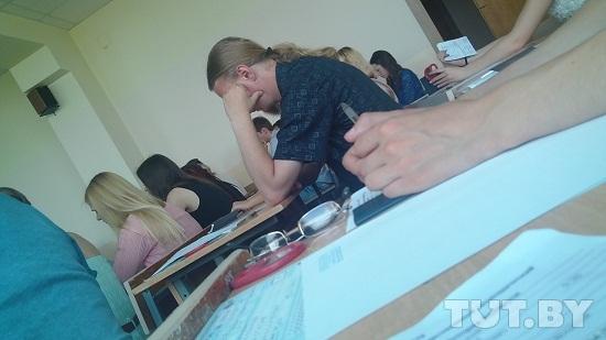 Самые необычные способы списывать на экзамене • всезнаешь.ру
