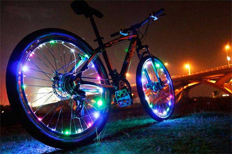 Подсветка для велосипеда: 5 вариантов для колес с фото, своими руками