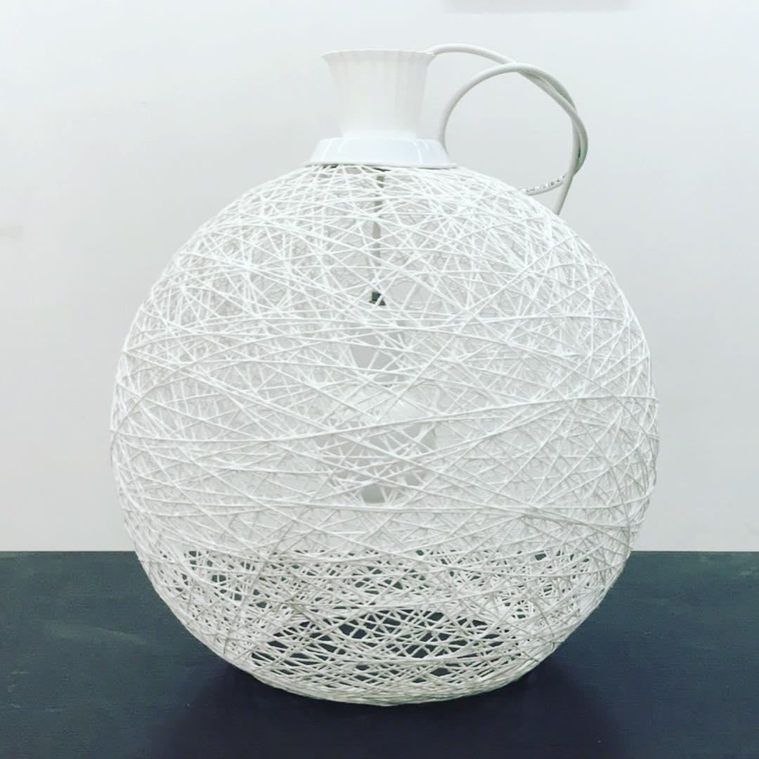 Люстра из ниток своими руками: пошаговая инструкция, как сделать абажур с помощью шарика, тканевый и вязаный плафоны