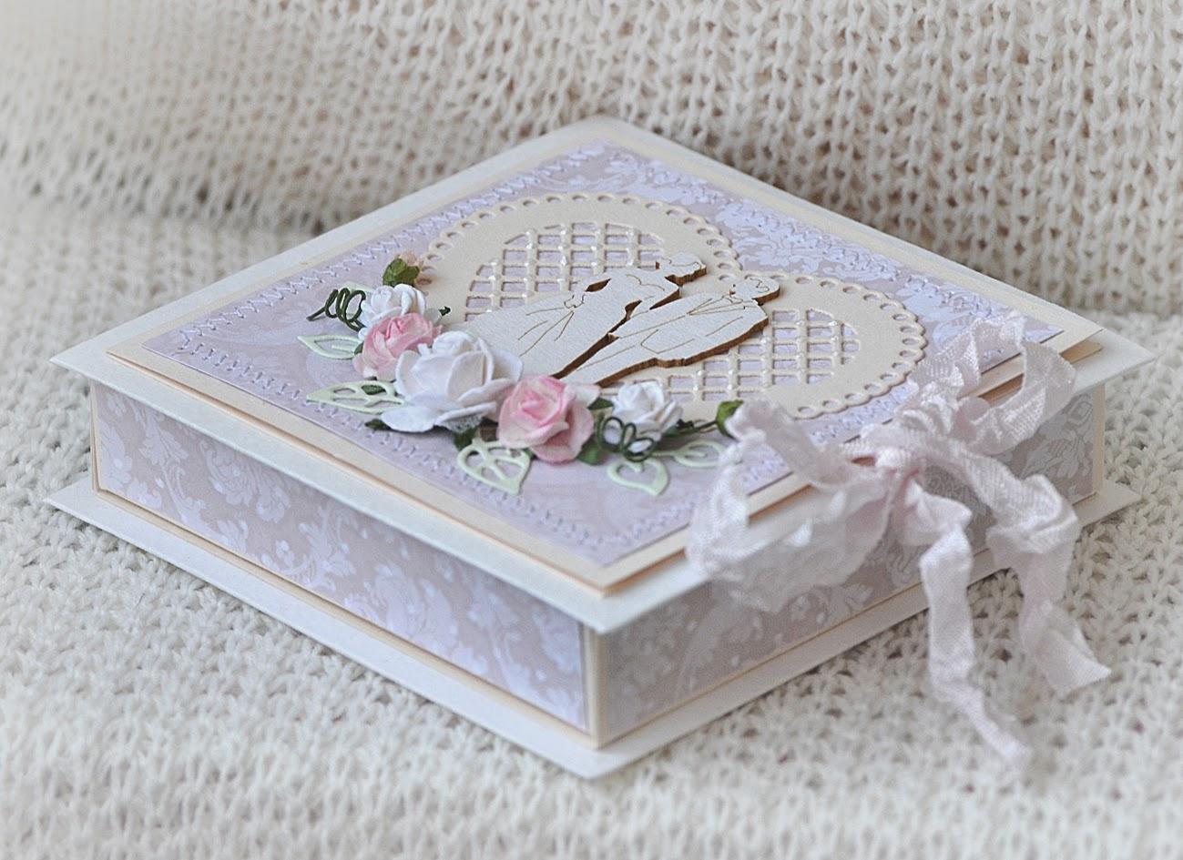 Шкатулка для колец на свадьбу, назначение и основные разновидности