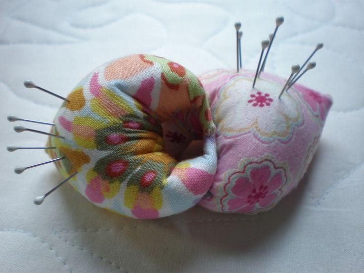 Подушка-улитка для булавок и иголок