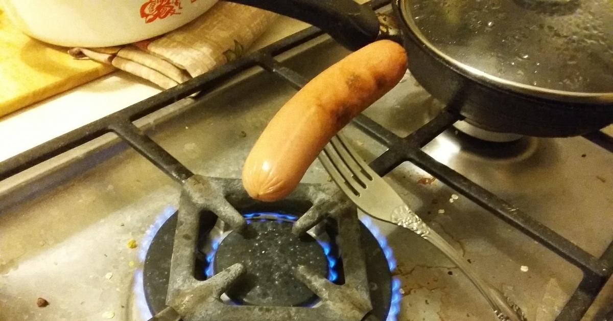 Сосиски в кляре – 6 рецептов на сковороде