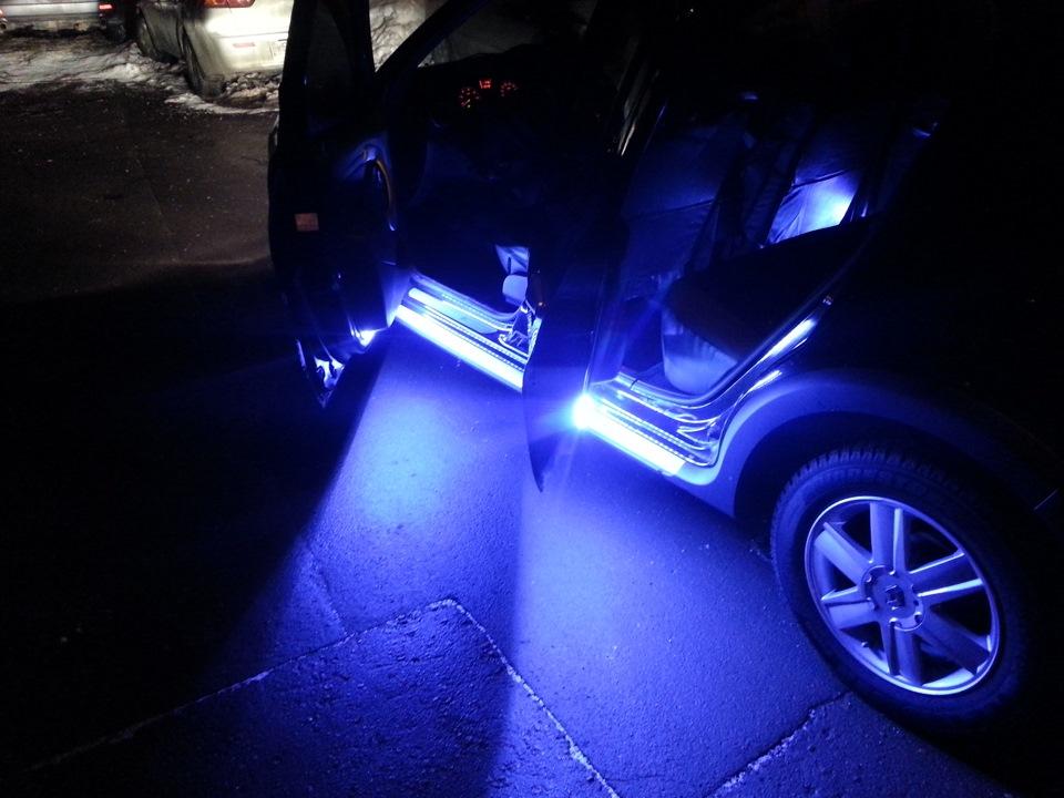 Подсветка дверей авто с логотипом – хотите диковинку?