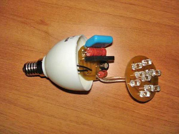О блоках питания из энергосберегающей лампы: схема изготовления устройства