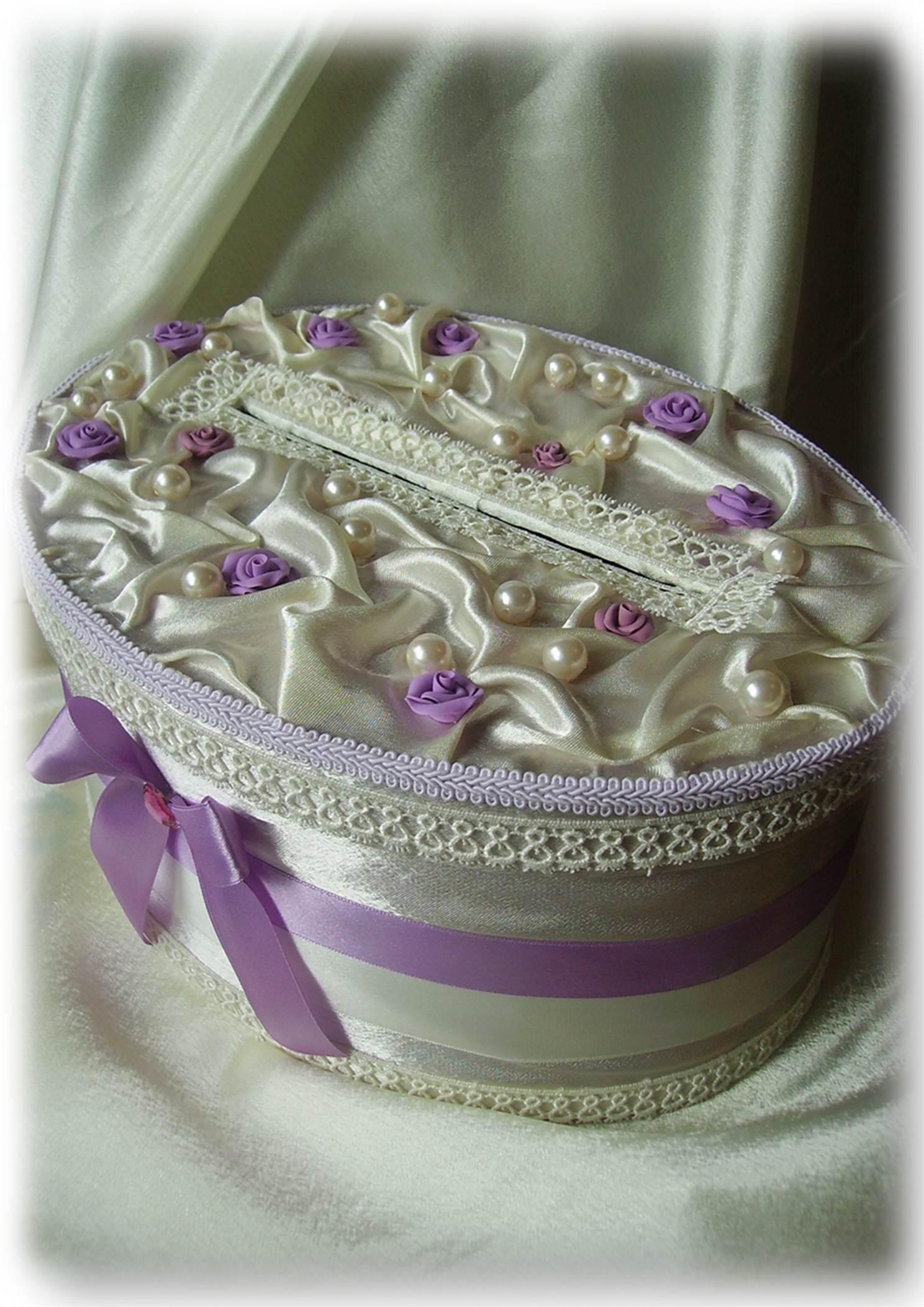 Шкатулка для колец на свадьбу – необходимость или излишество?