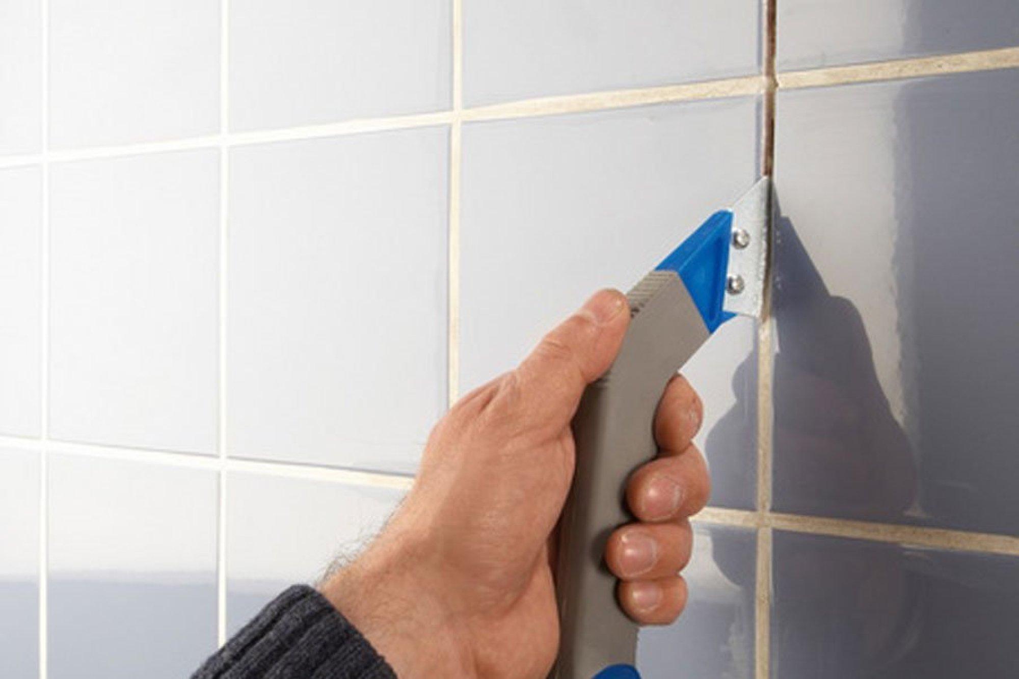 Затирка швов плитки в ванной своими руками: инструменты, как сделать и наносить, как правильно затирать на стене, расшивка, фото, видео