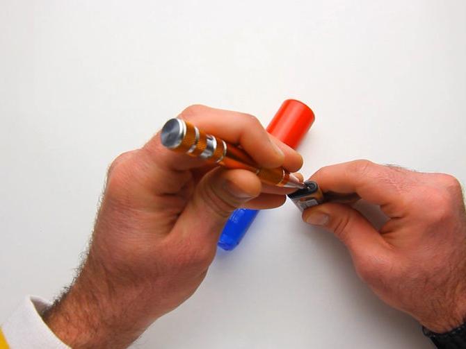 Как заправить зажигалку правильно своими руками?