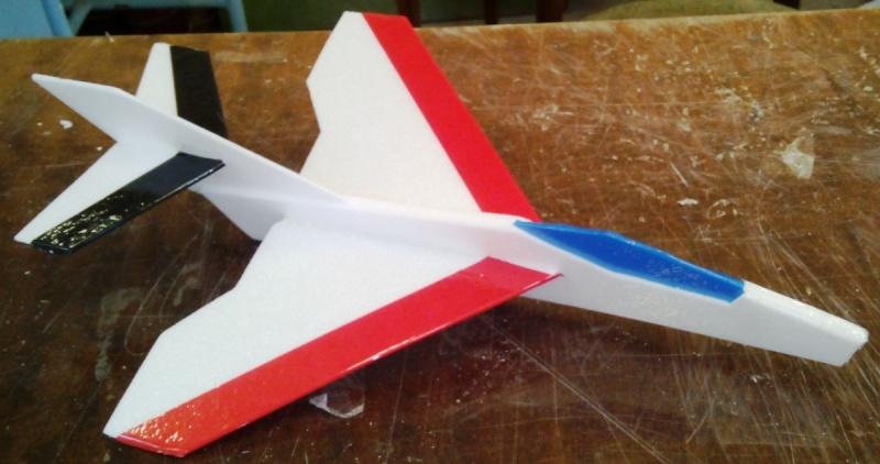 Как сделать летающий самолет ? из пенопласта своими руками: чертежи модели