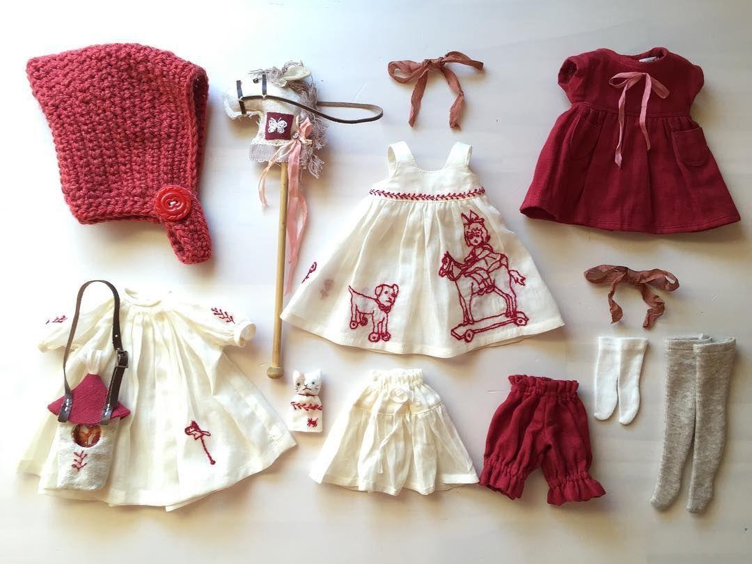 Как сделать из бумаги платье для куклы?