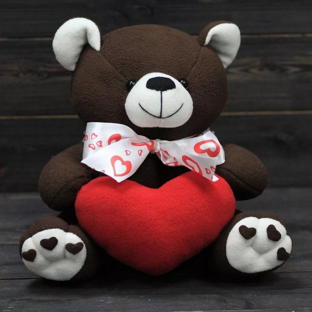 Медвежонок из флиса с сердцем