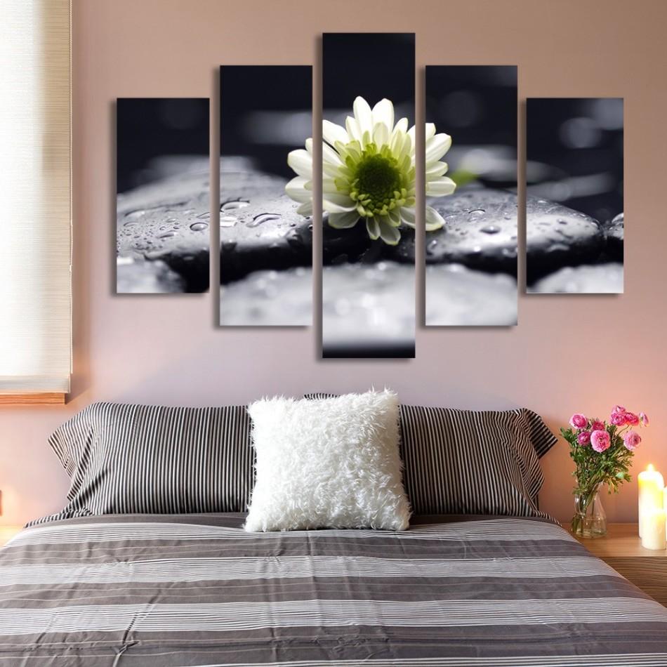 Примеры интерьеров с картинами из нескольких частей: 40 фото