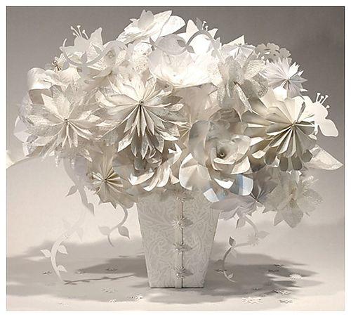 Как сделать розу из бумаги своими руками в разных стилях: пошаговые инструкции с фото и видео мастер-класса