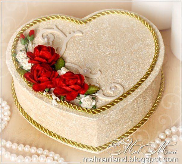 Поделка изделие валентинов день плетение подготовка ко дню влюбленных бумага газетная картон клей краска салфетки трубочки бумажные