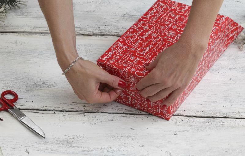Красиво упаковываем подарки своими руками