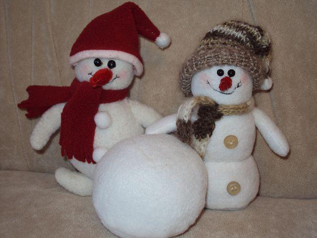 Как сделать снеговика своими руками: 5 пошаговых мастер-классов  ? сделать снеговика своими руками ? стол, елка, атрибуты