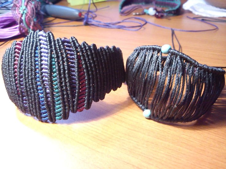 Плетение браслетов из шнурков. особенности изготовления браслетов из шнура для начинающих. узлы, которые используем для плетения.