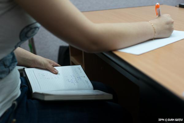 Хитрости успешной сдачи экзамена. как незаметно списать с телефона на экзамене?