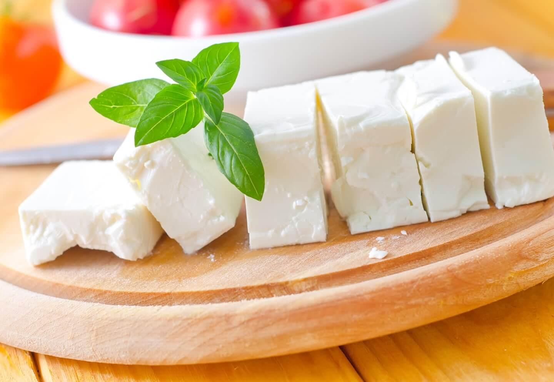 Домашняя брынза из коровьего молока – кулинарный рецепт