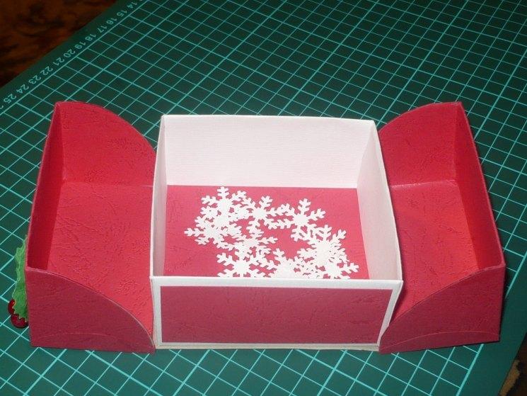 Как украсить коробку: оригинальные идеи и нестандартные дизайнерские решения