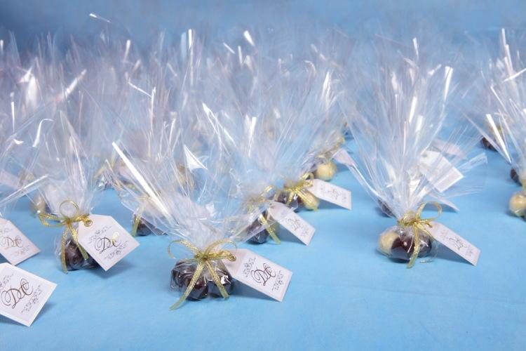 Бонбоньерки на свадьбу: идеи оригинальных подарков для гостей