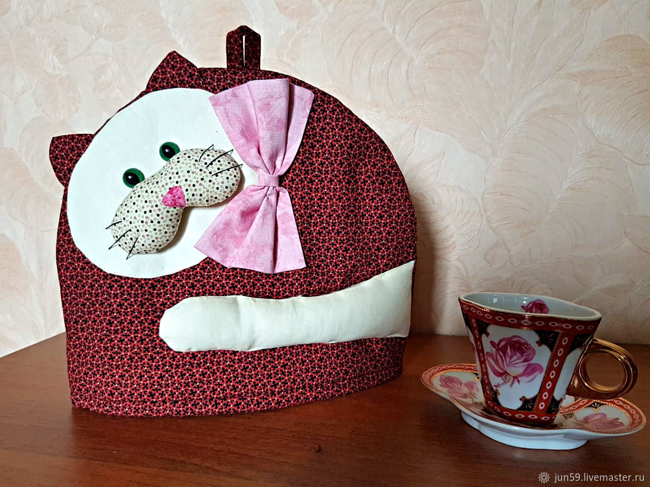 Грелка на чайник, своими руками изготовленная - это эсклюзивно, модно, экономично!