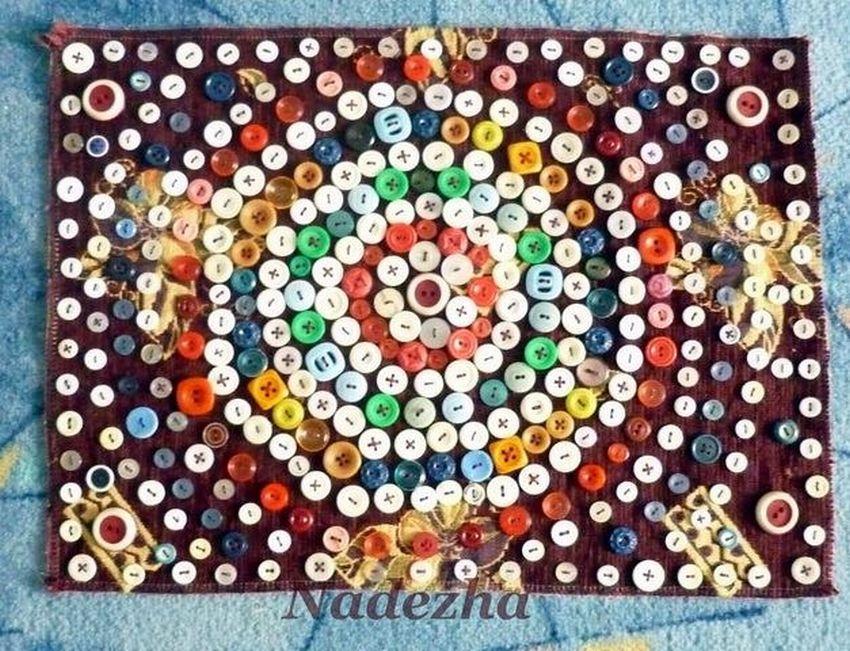 Массажные коврики своими руками для детского сада. как сделать из пробок от пластиковых бутылок, крышек, каштанов, гальки, камней. фото