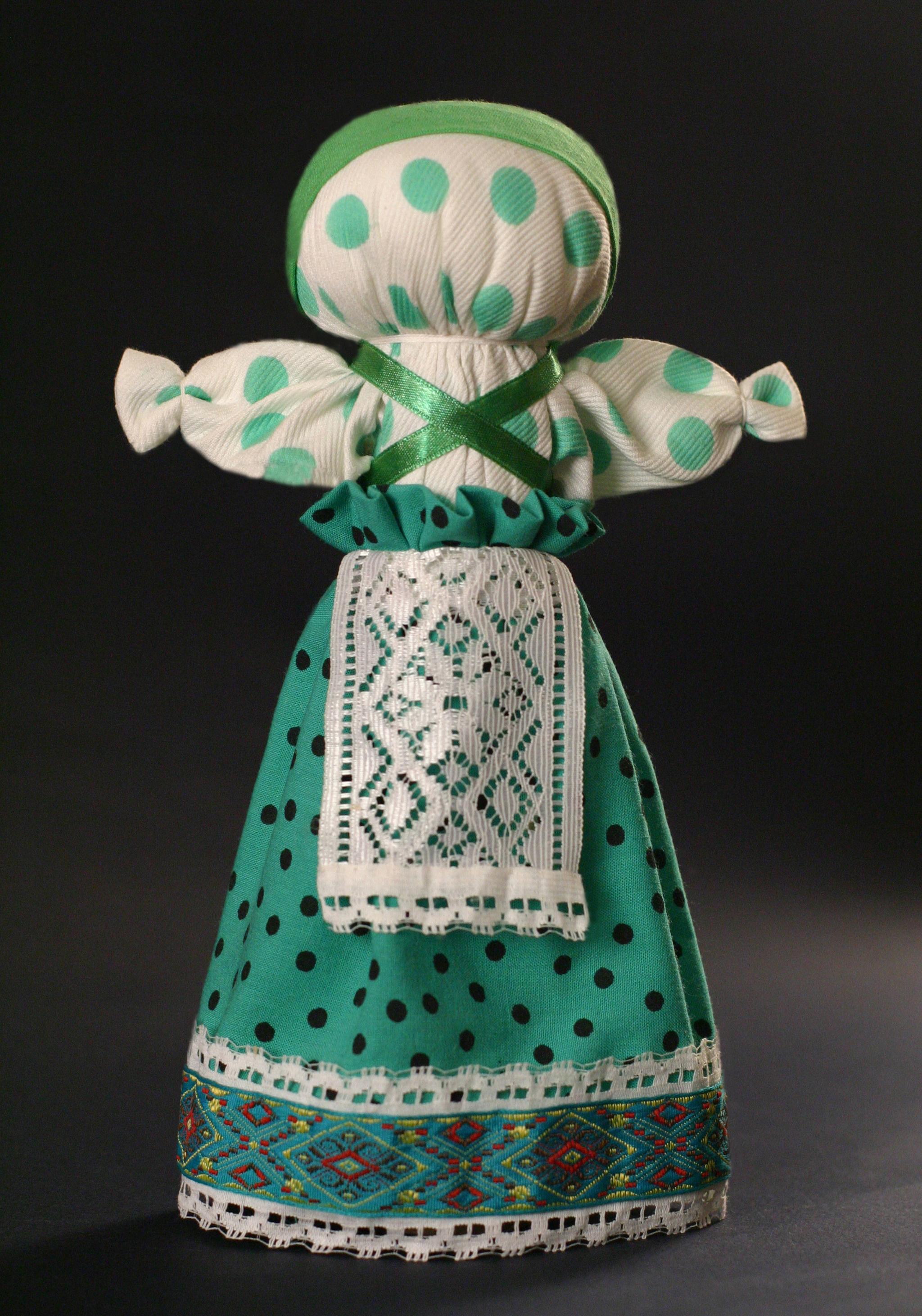 Мк в музее -тряпичная кукла-оберег без иголки и шитья. | страна мастеров
