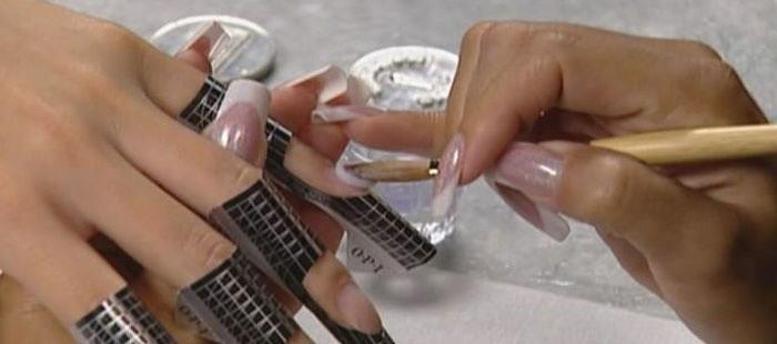 Что нужно для наращивания ногтей акрилом?