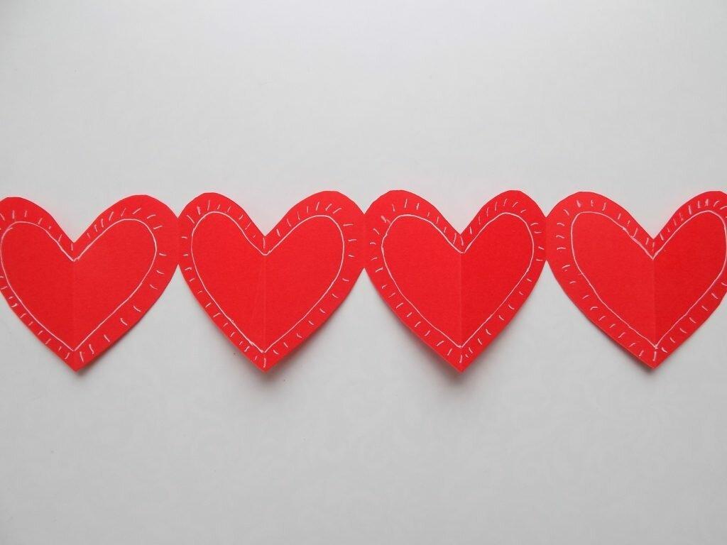 Гирлянды в виде сердечек