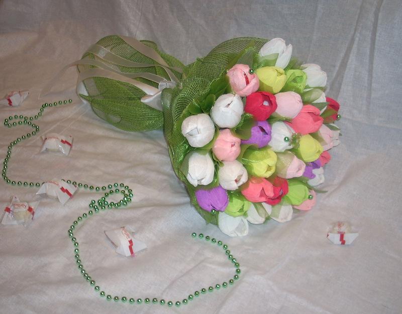 Букеты из конфет своими руками для начинающих - подборка простых пошаговых мастер-классов (66 фото)