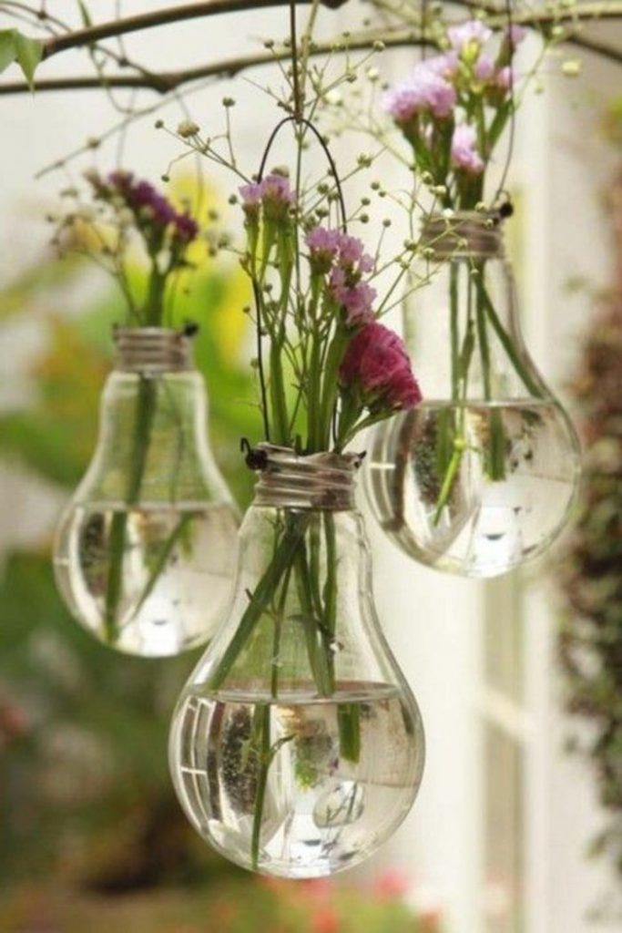 Как преобразить старую вазу своими руками: 5 простых способов