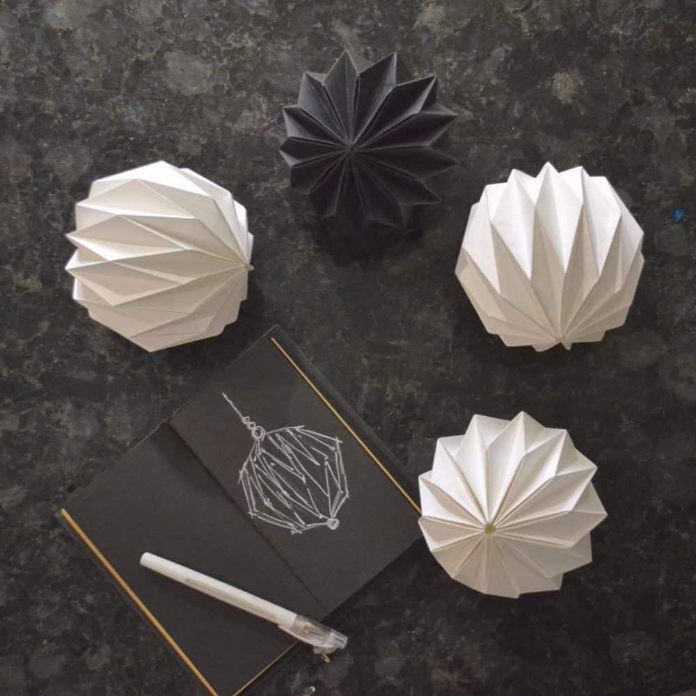 Как сделать разные объемные шары из бумаги своими руками