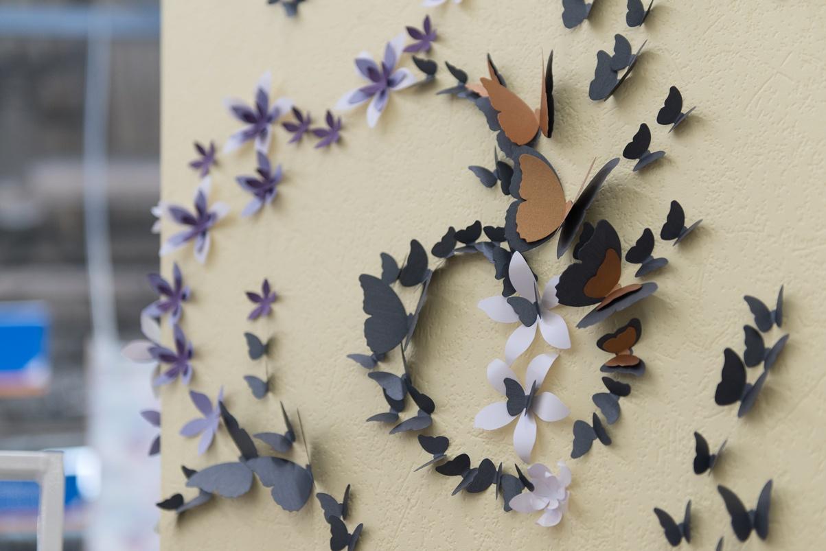 Бабочки на стене: 140+ (фото) красивых оформлений в интерьере