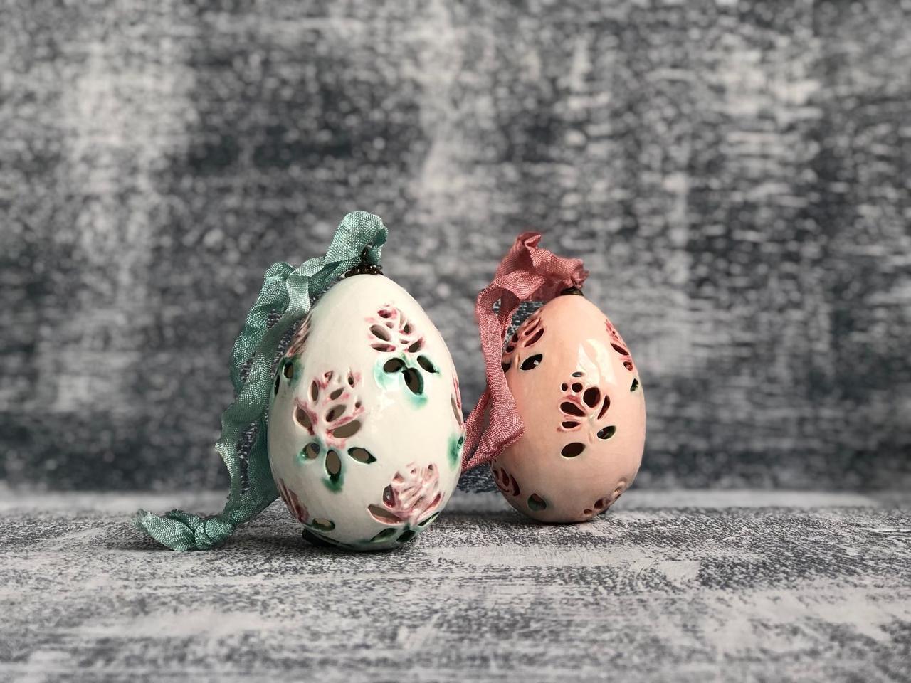 Мастер-класс поделка изделие пасха декупаж кракелюр лепка папье-маше пасхальные сувенирные яйца имитация старинной керамики акварель бисер бумага бумага журнальная бусины гуашь салфетки скорлупа яичная тесто соленое