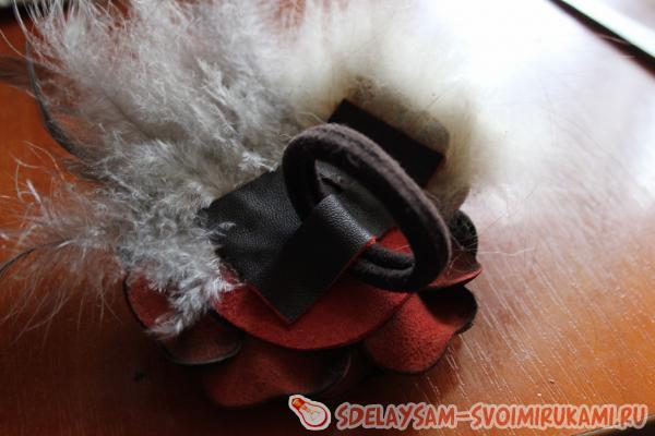 Резинка для волос с мехом норки: мастер класс. резинка - цветок из кожи и меха меховая резинка для волос своими руками