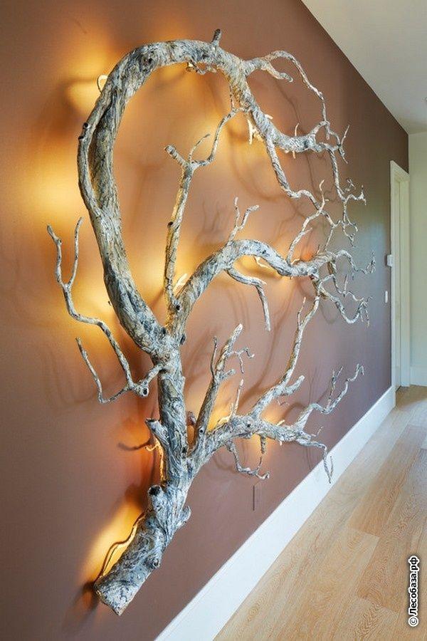 Ветка дерева в декоре интерьера: разные роли простого предмета