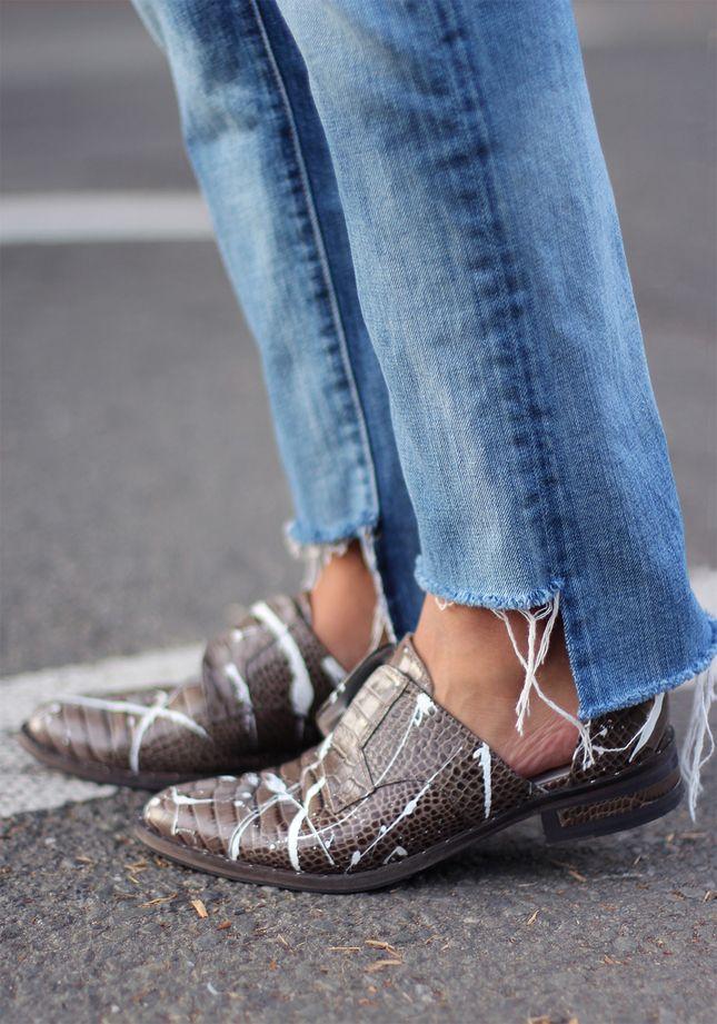 Как обрезать джинсы внизу без подшивки с бахромой - фото пошагово